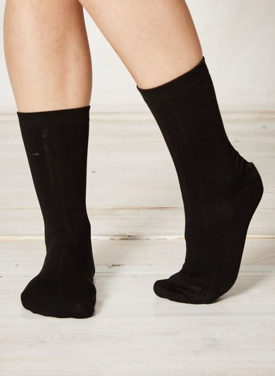 Solid Jackie Plain Bamboo Socks Black